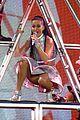 katy perry kicks off prismatic world tour 06