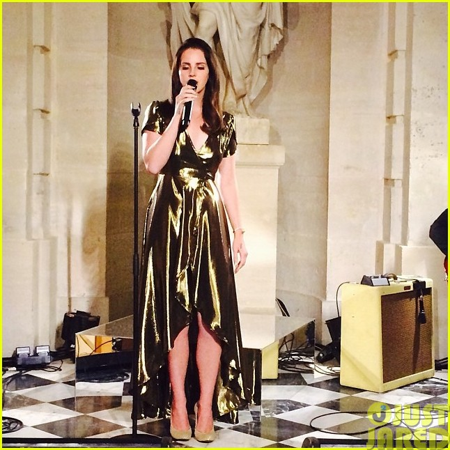 kim kardashian continues kimye wedding celebration with lana del rey performance023120940