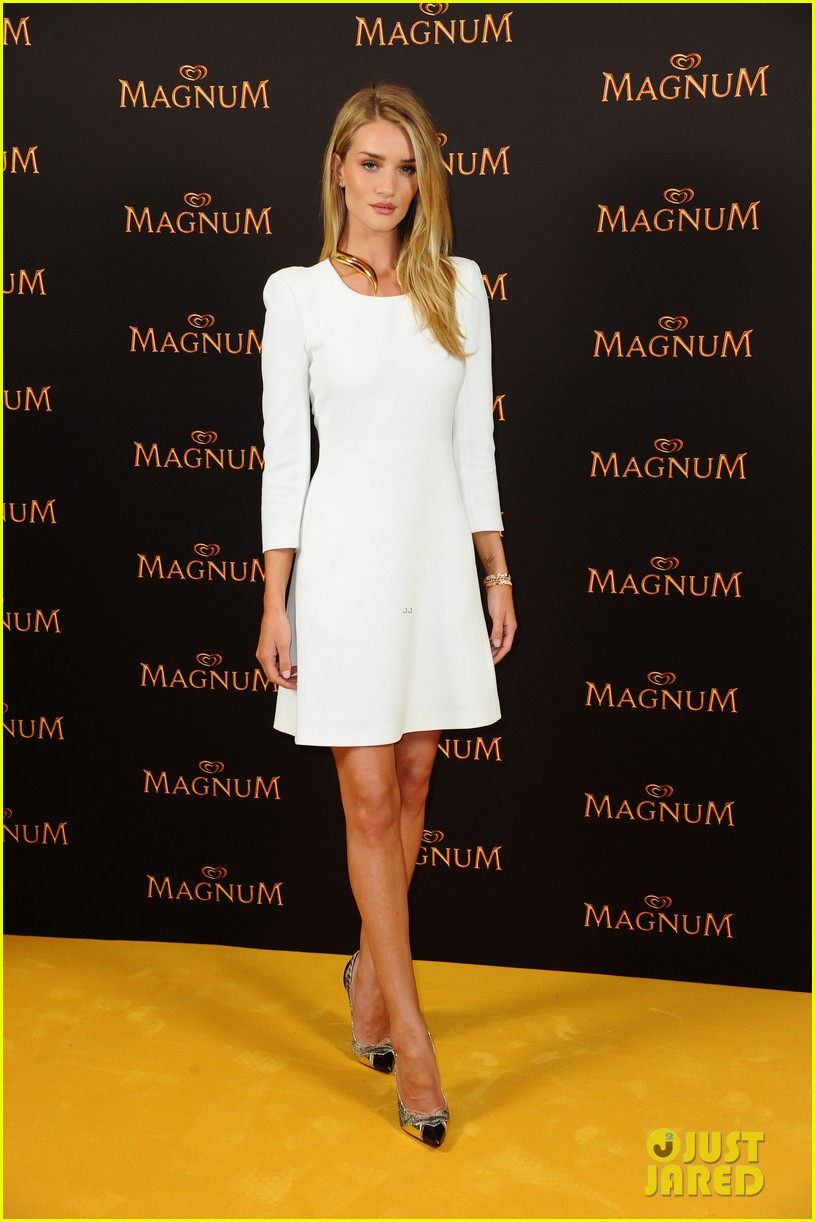 rosie huntington whiteley debuts new magnum short film 01