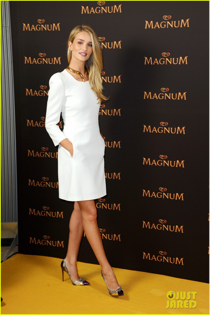 rosie huntington whiteley debuts new magnum short film 073117396