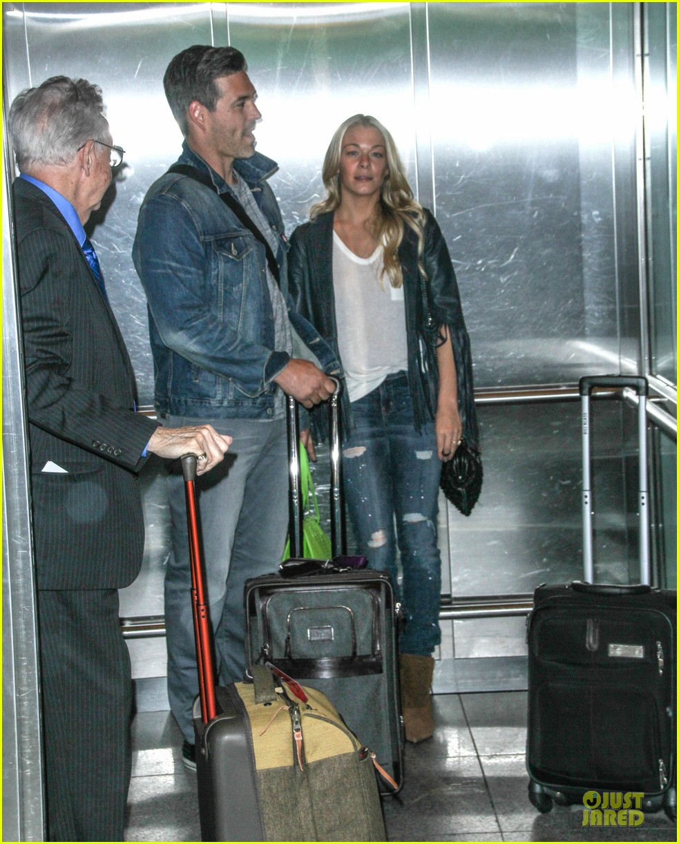 leann rimes eddie cibrian denim pair in nyc 053117948