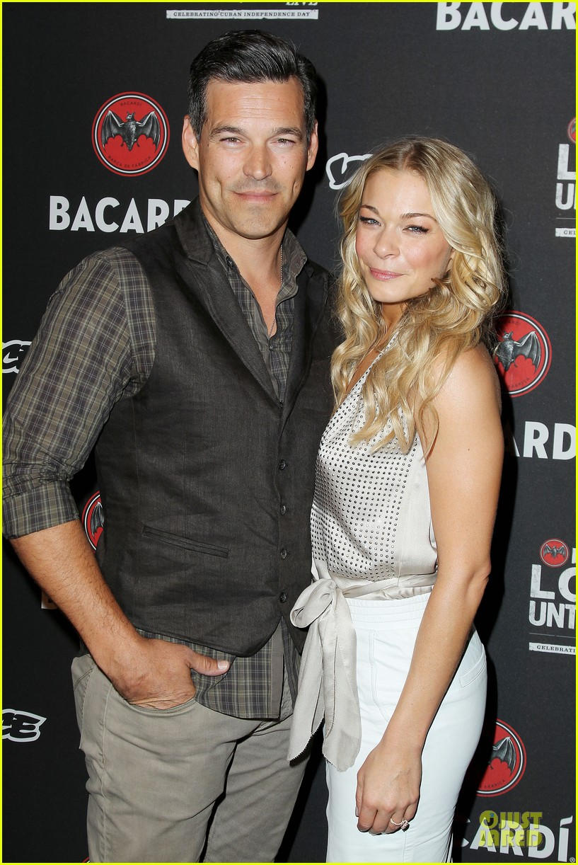 leann rimes eddie cibrian untameable couple in nyc 07