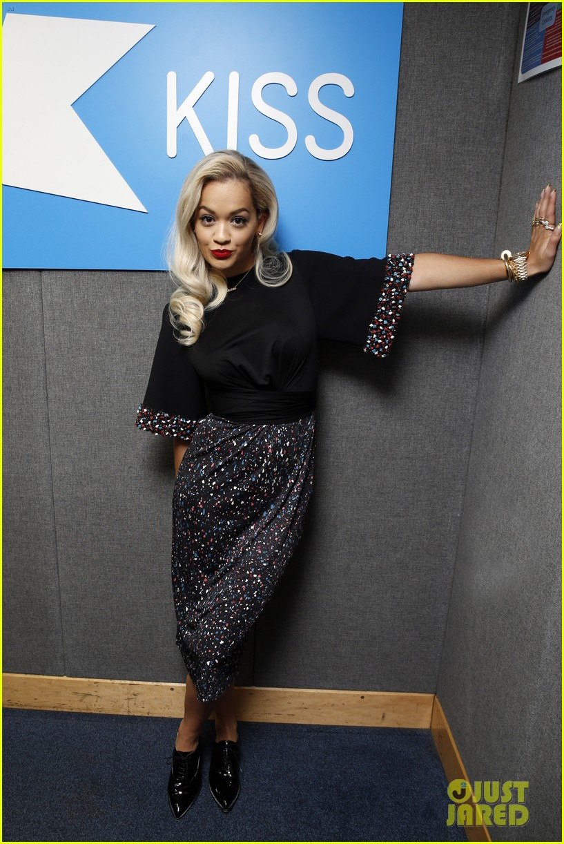 rita ora celebrates no 1 single topless 203112912