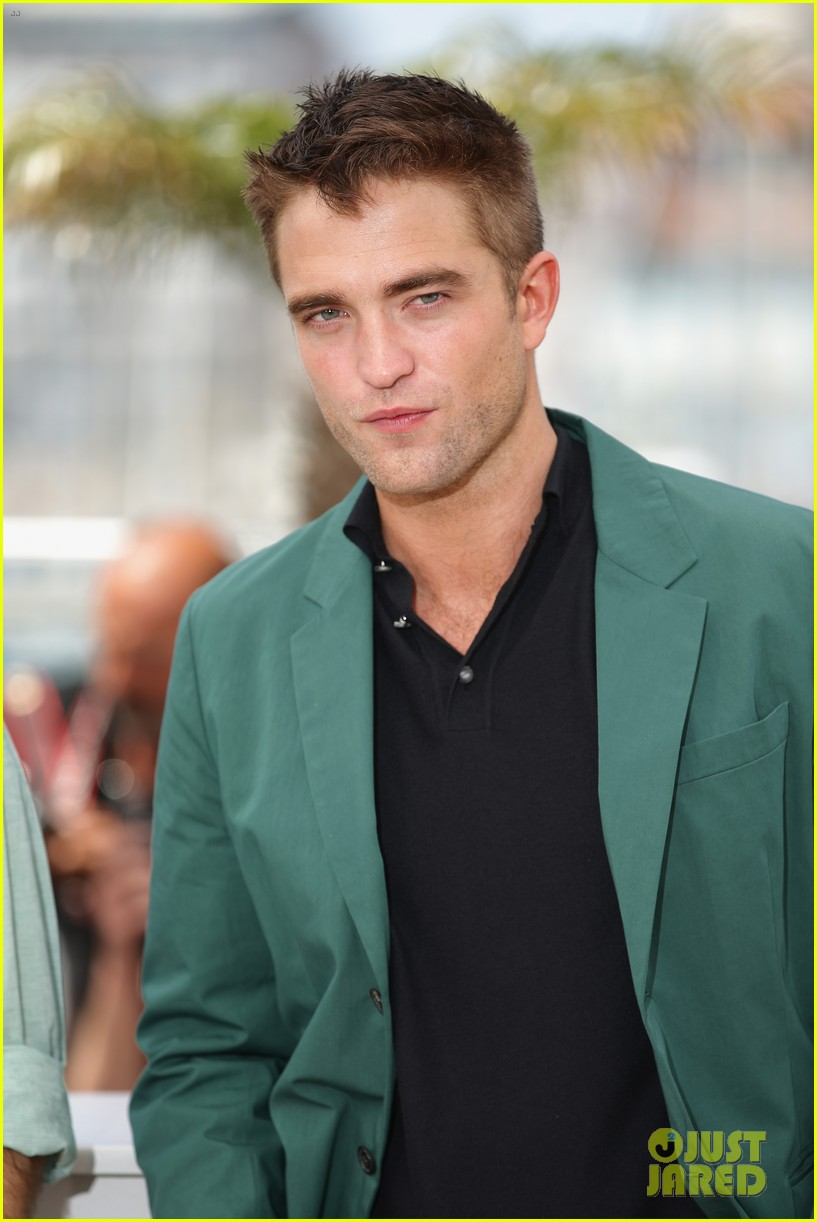 robert pattinson the rover photo call cannes 013116168
