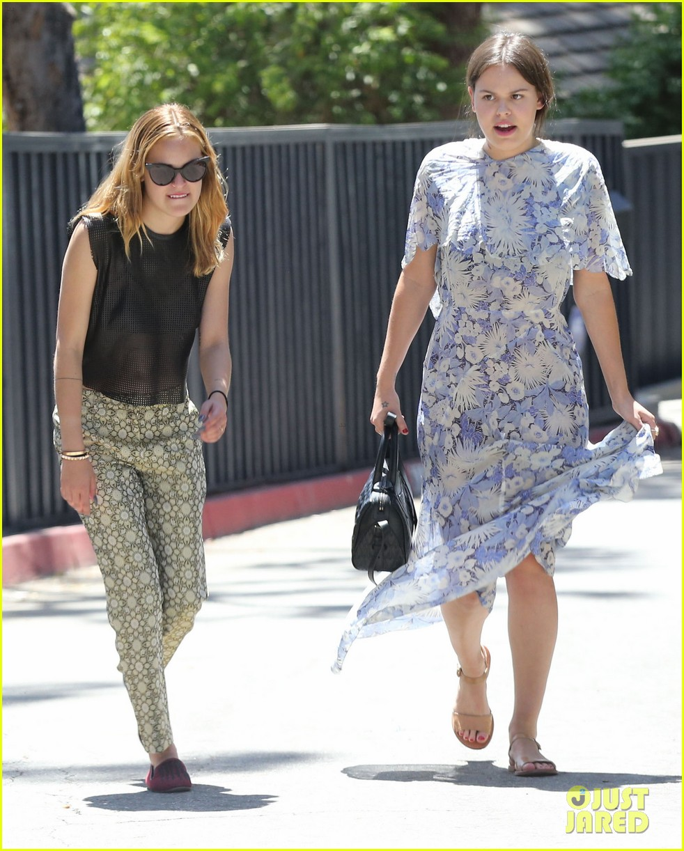 rumer tallulah willis celebrate mothers day with mom demi moore 11