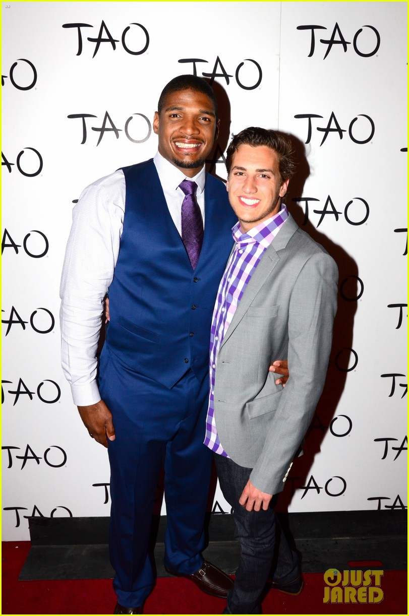 michael sam boyfriend vito party in vegas after nfl draft 10
