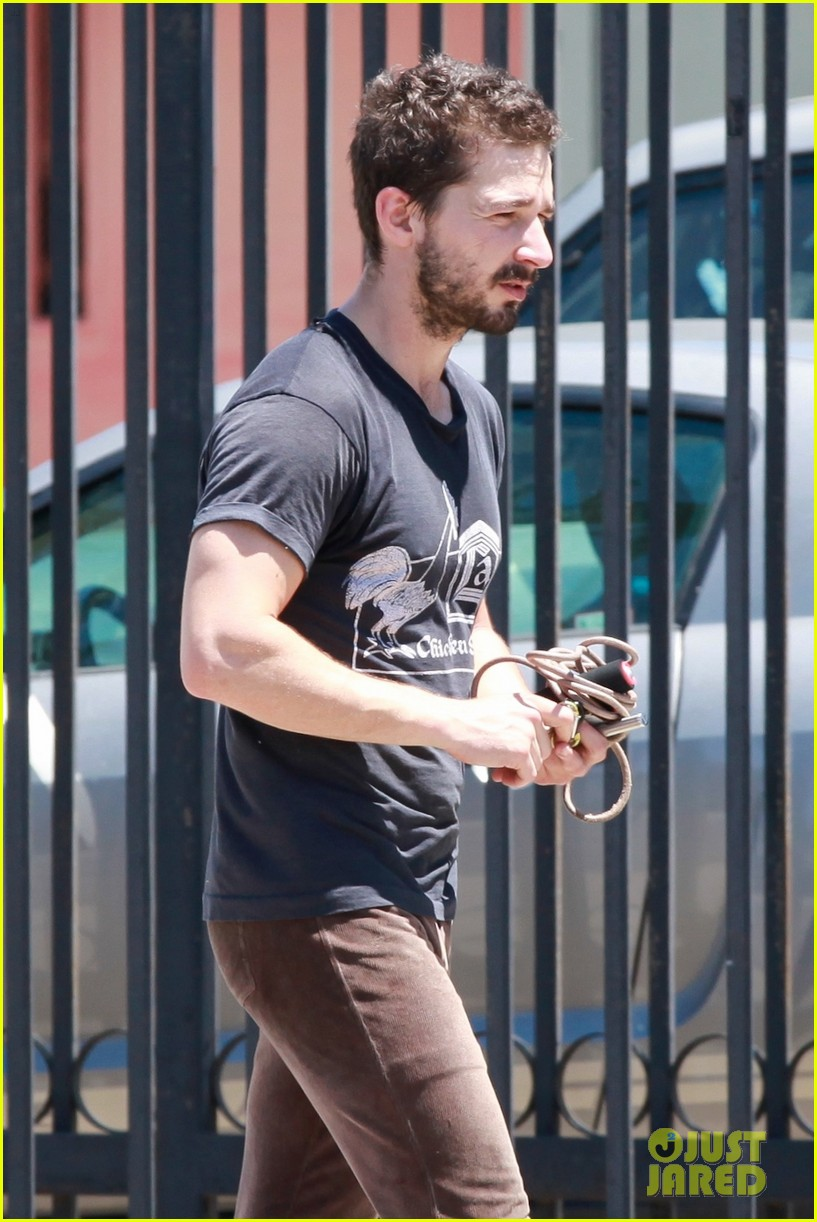 shia labeouf gives us a quick peek at his bare torso 073102993