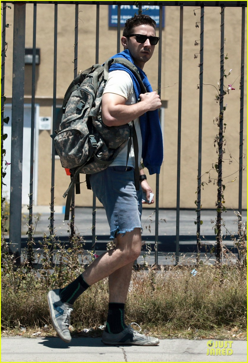 shia labeouf shaves off beard see pics 013118436