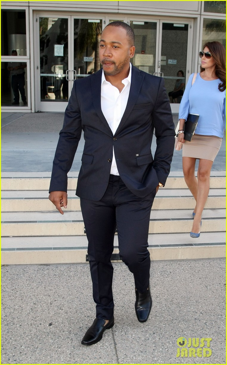 columbus short pleads not guilty to felony battery 05