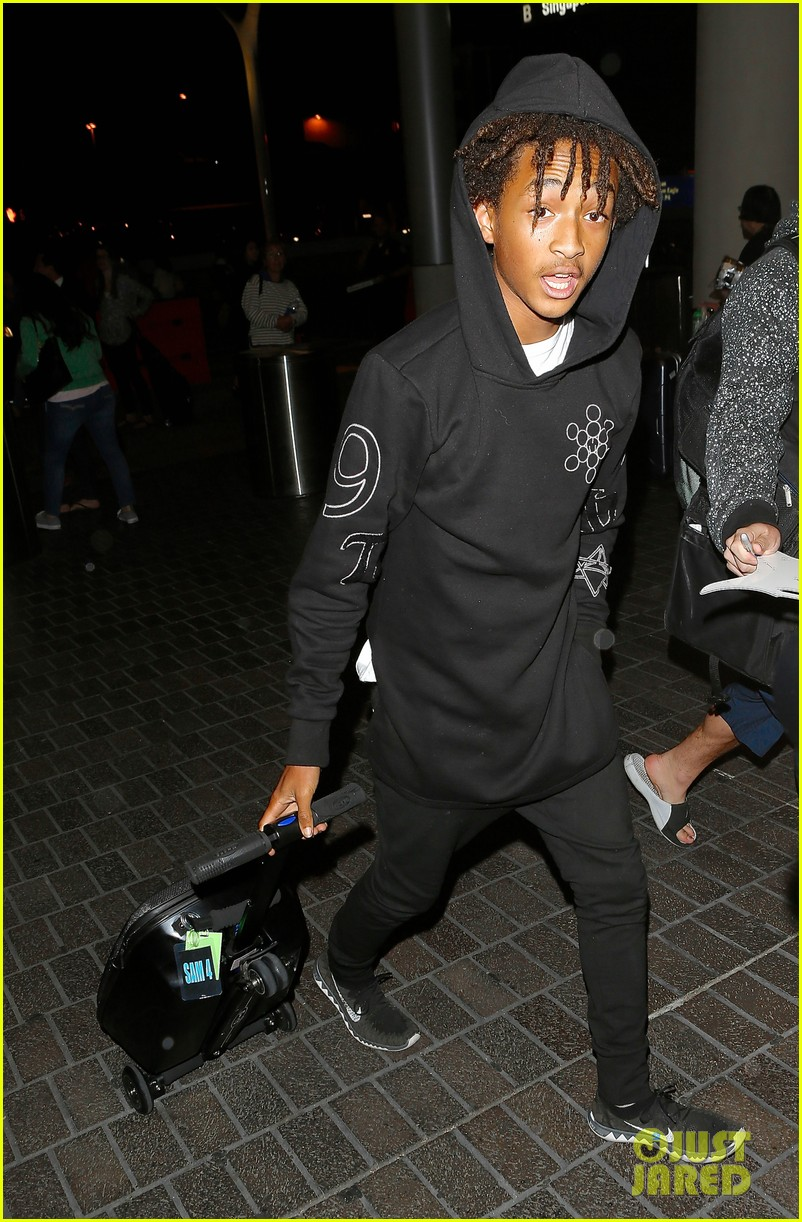 jaden smith flies out of town 19