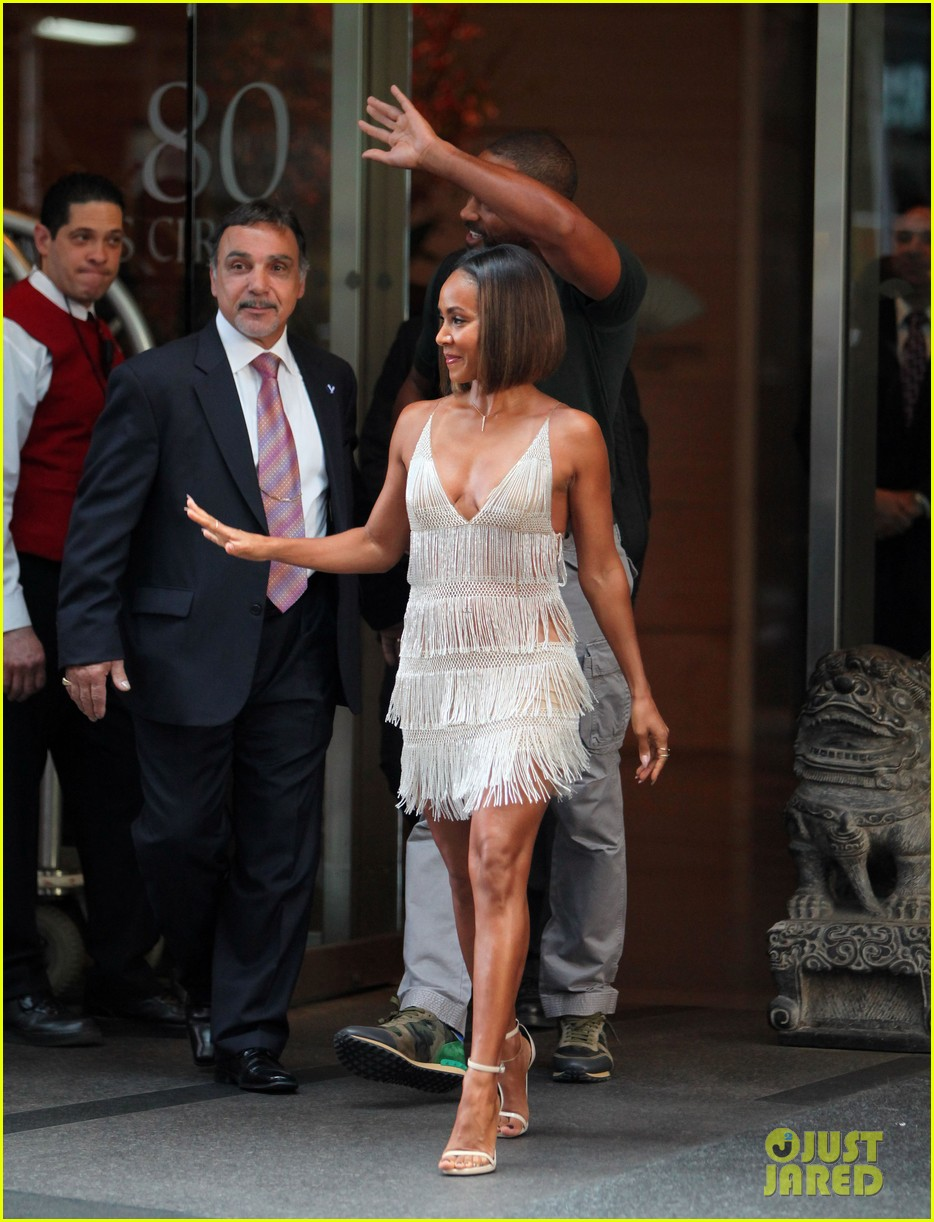 will smith joins wife jada in new york city for fox upfronts 103112108