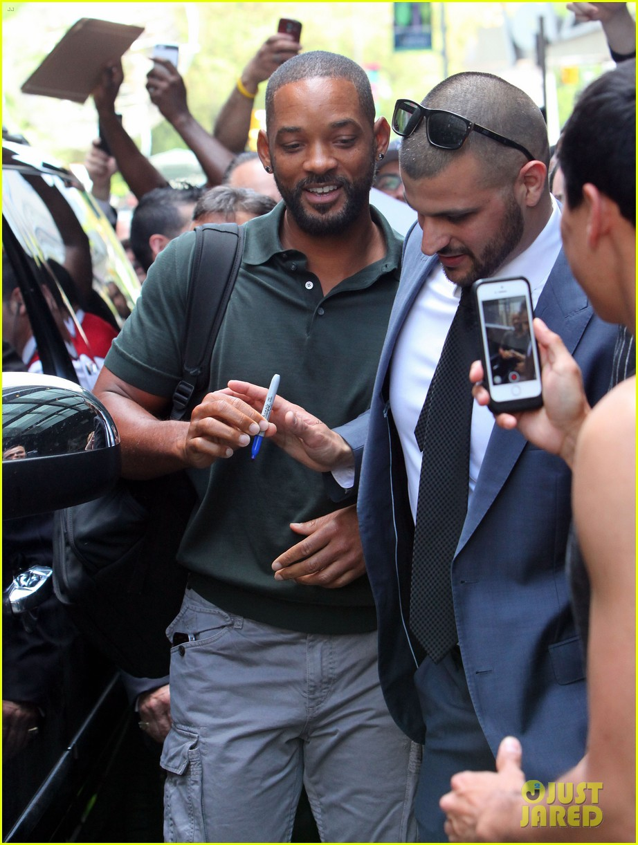 will smith joins wife jada in new york city for fox upfronts 19