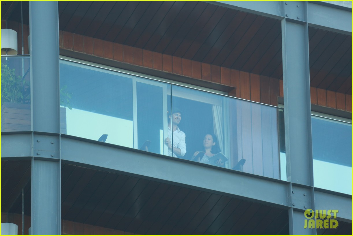 ian somerhalder blows kisses to fans from rio hotel balcony 14
