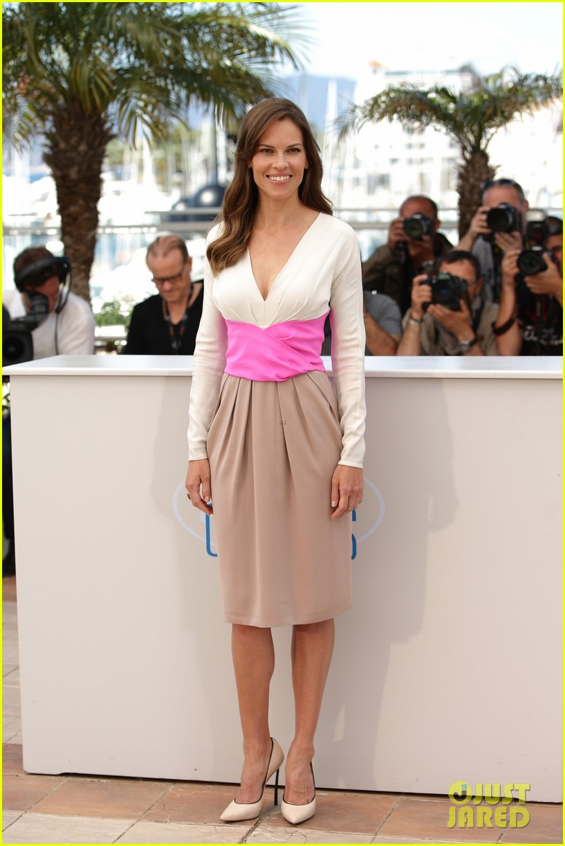 hilary swank the homesman premiere photo call cannes 27