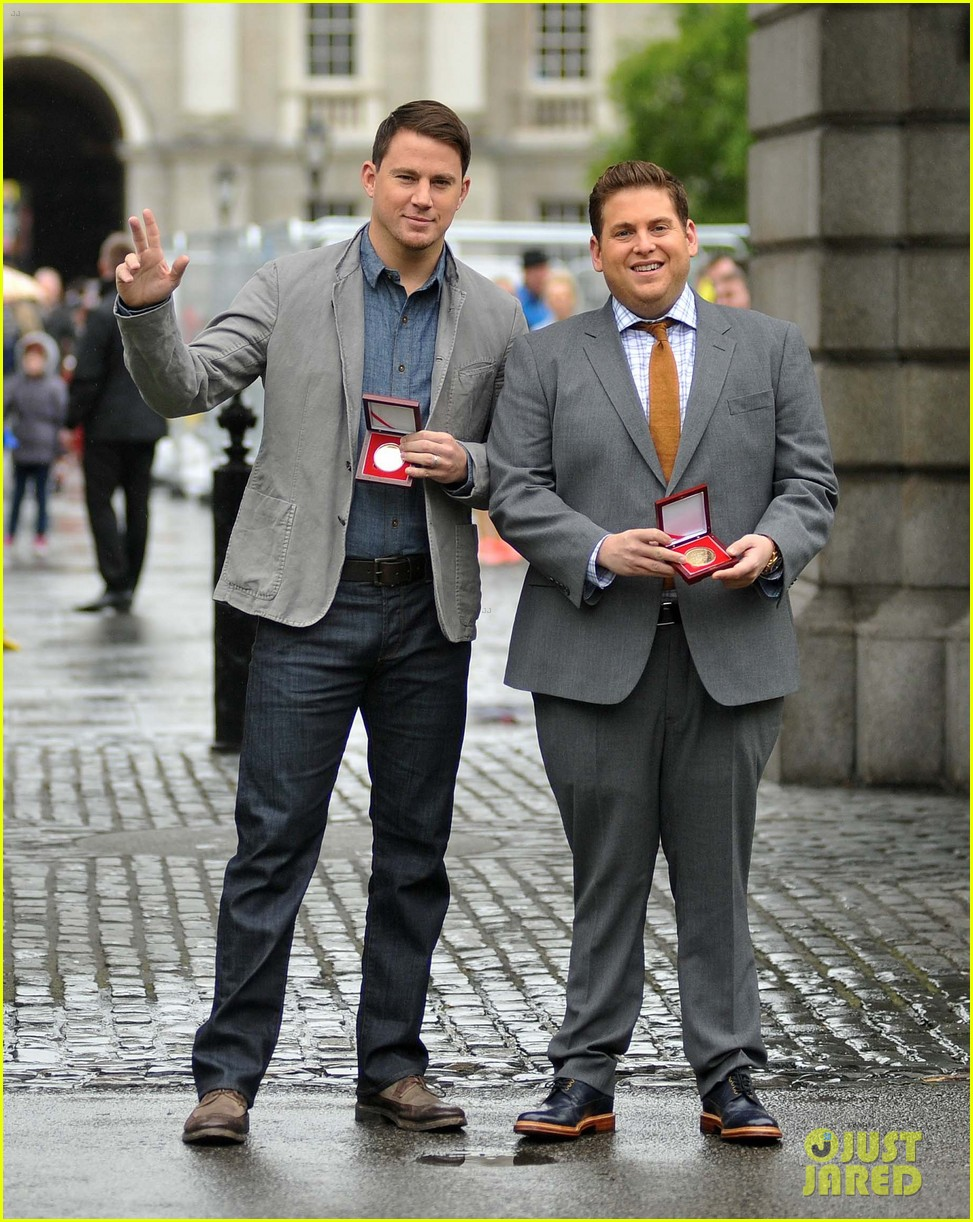 channing tatum jonah hill receive bram stoker awards from trinity college 023120569