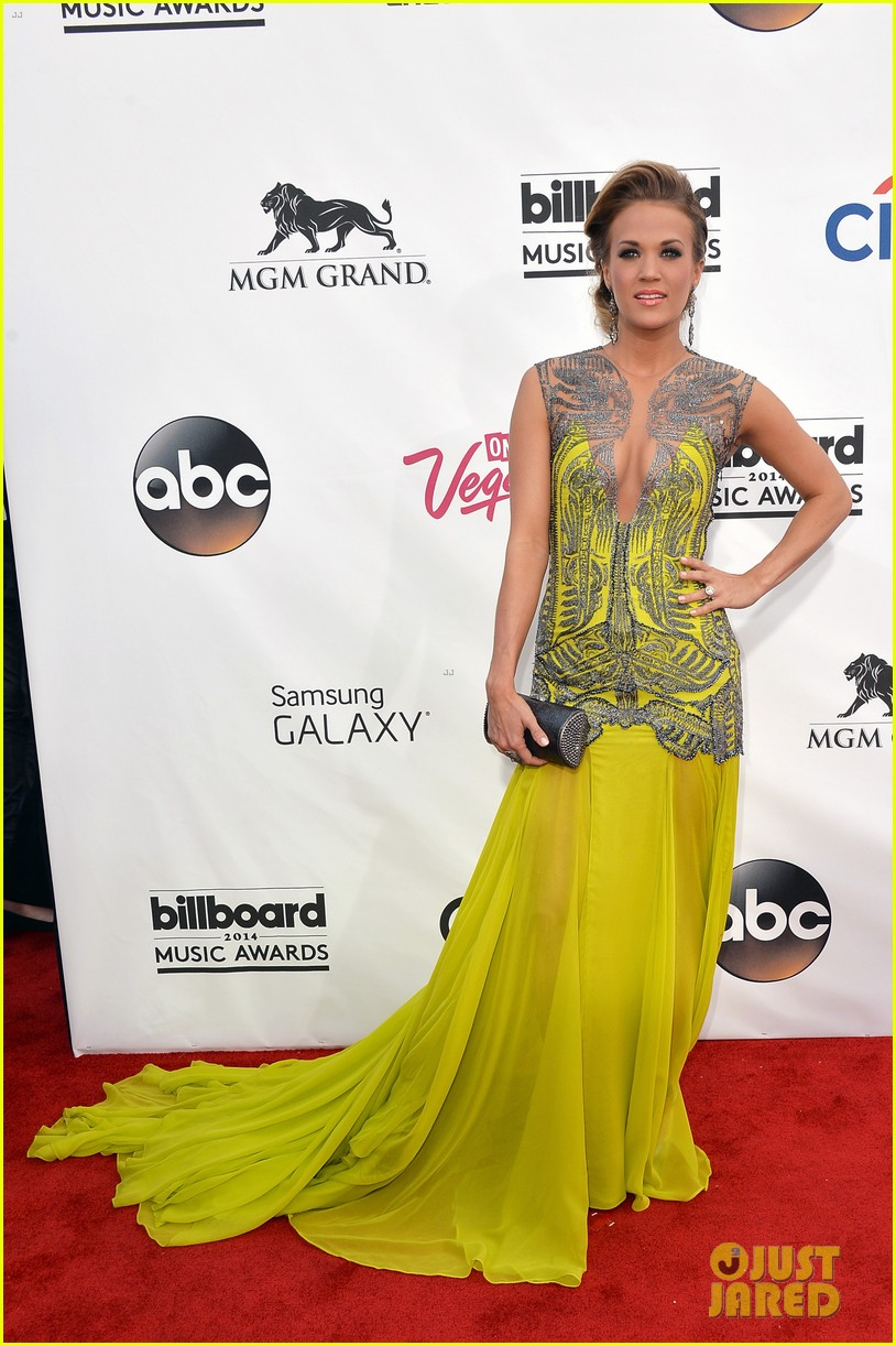 carrie underwood miranda lambert billboard music awards 2014 013116729
