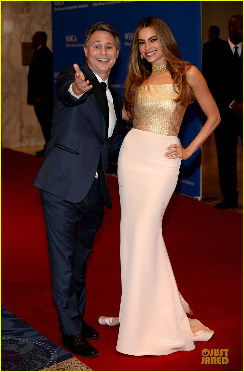sofia vergara white house dinner 2014 07