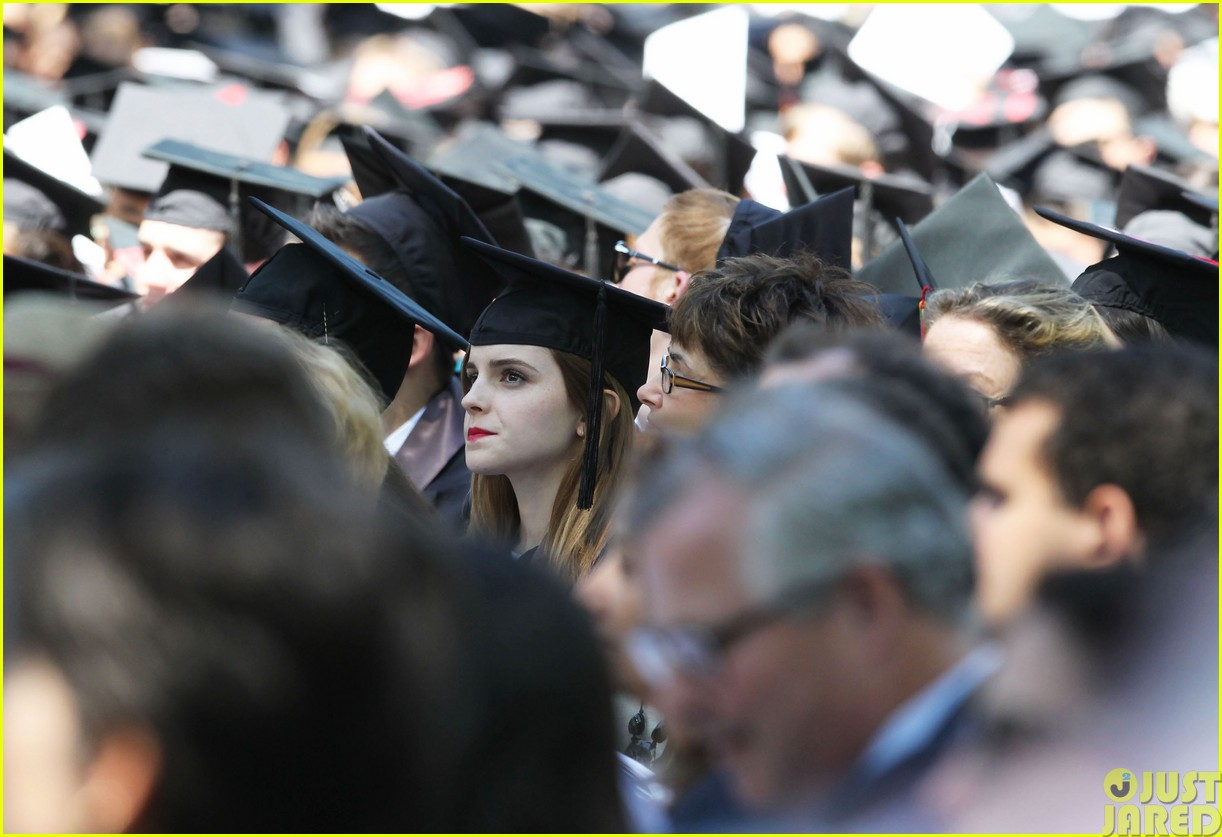 emma watson graduates brown university lit major08