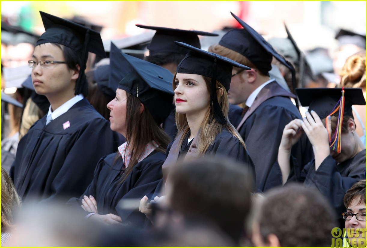 emma watson graduates brown university lit major113122090