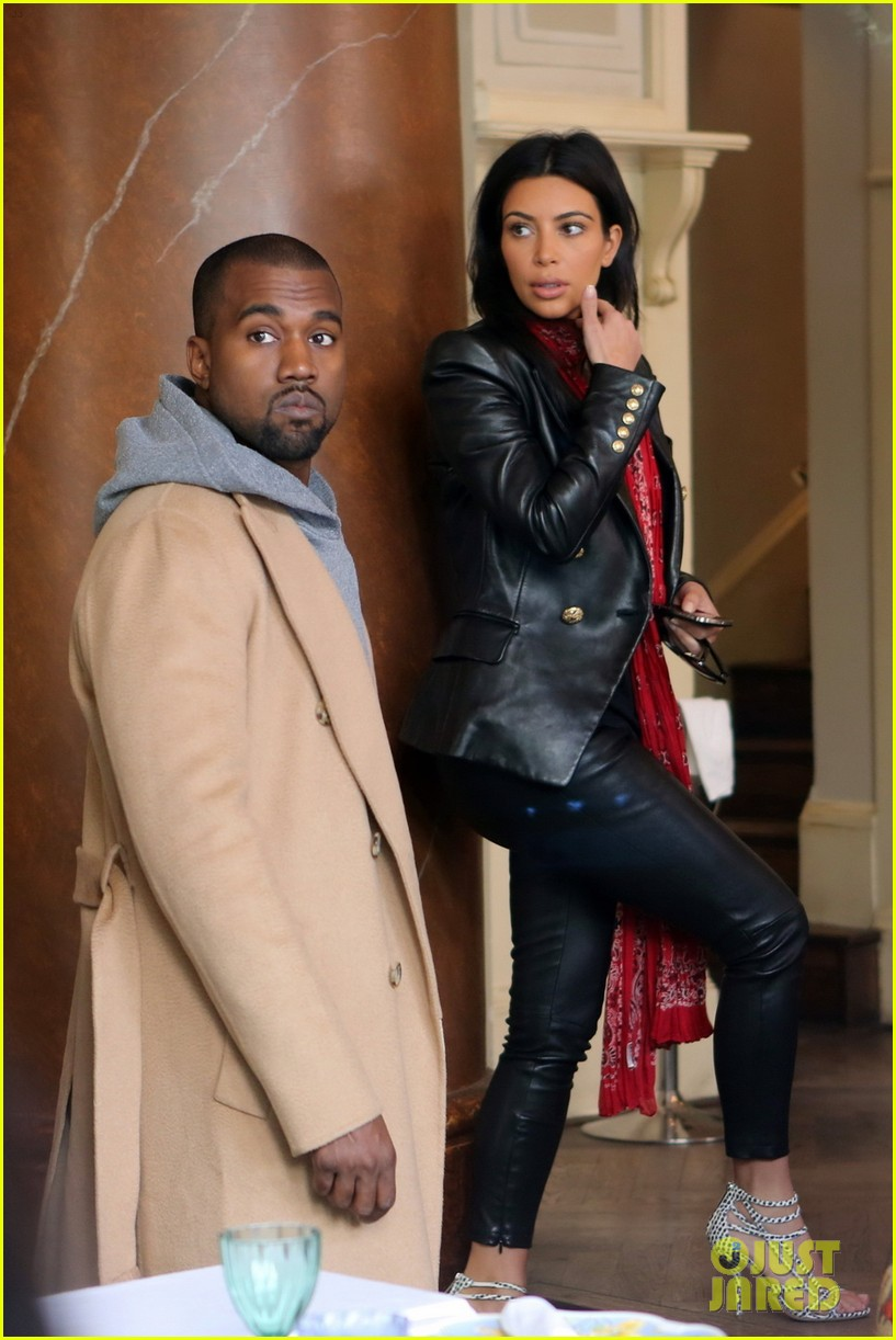 kim kardashian kanye west have romantic dinner 013124695