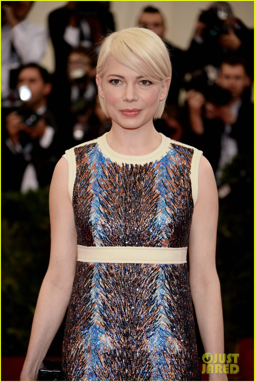 michelle williams spends her day off from broadway at the met ball 2014 02