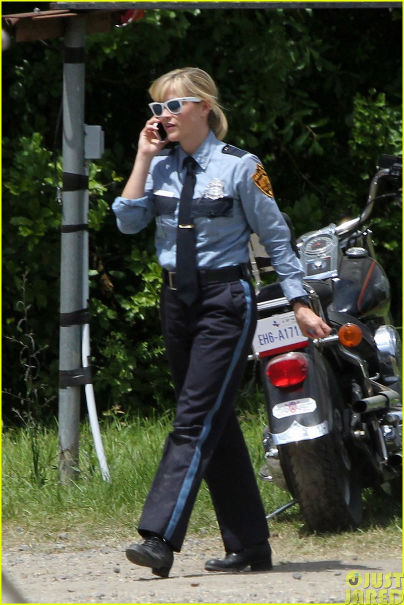reese witherspoon filming dont mess with texas02