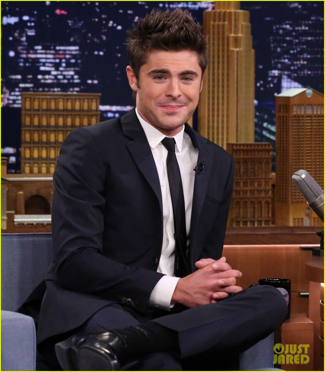 zac efron neighbors tonight show drag skit 013108050