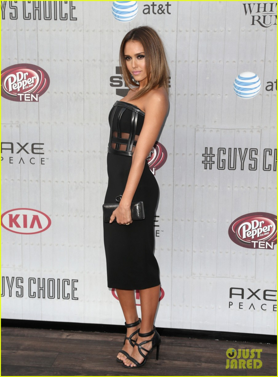 jessica alba jaime king guys choice awards 2014 093130719