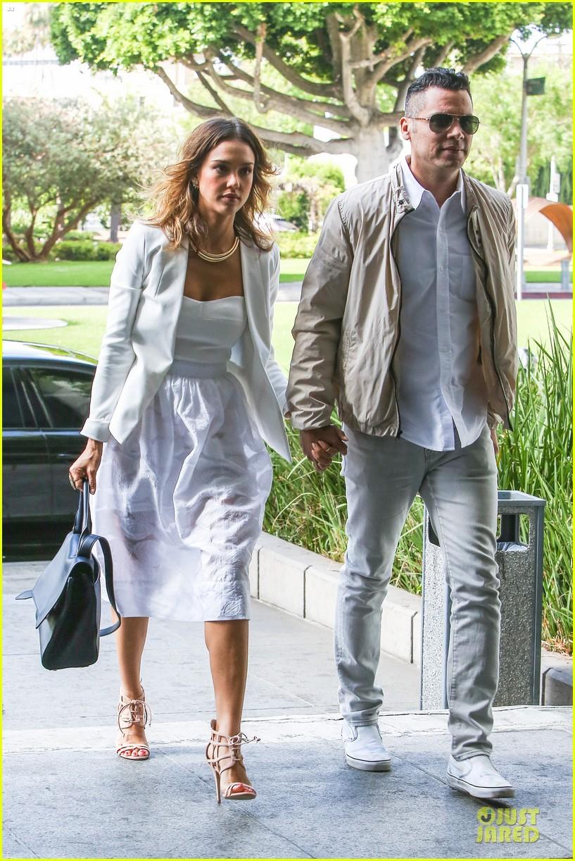 jessica alba reveals secrets to happy marriage 07