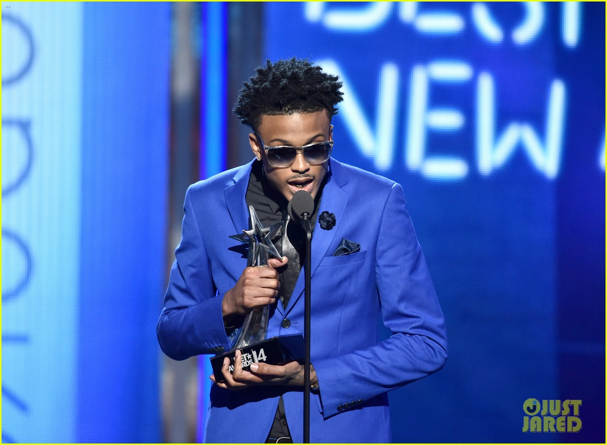 august alsina bet awards 2014 103146483