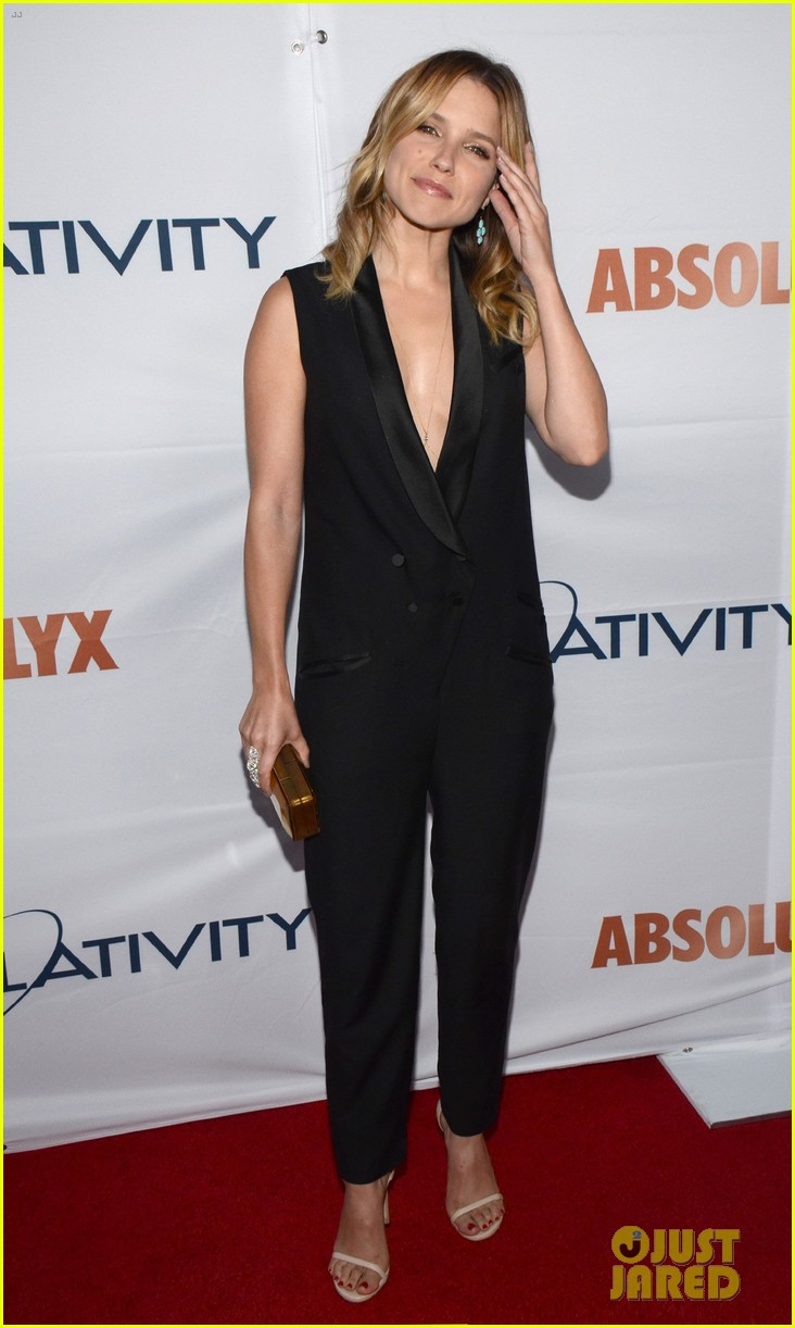 alessandra ambrosio sophia bush support breast cancer at pathway to the cures 063133803