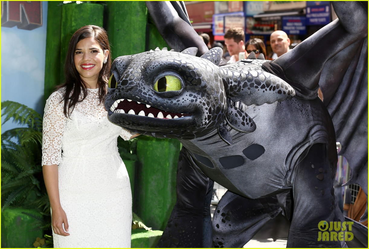 america ferrera how to train dragon 2 london 043141138