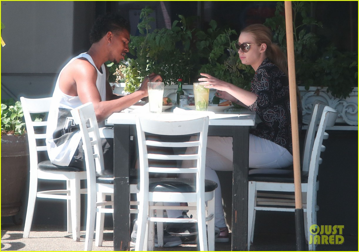 iggy azalea boyfriend nick young are one cute couple lunch 08