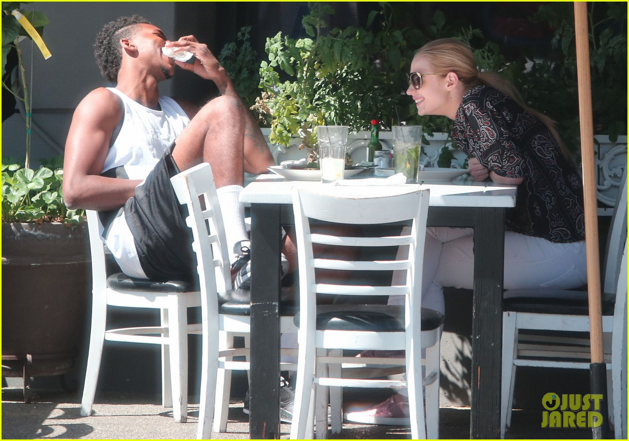iggy azalea boyfriend nick young are one cute couple lunch 14