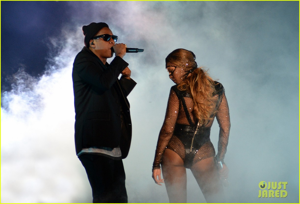 Full Sized Photo Of Beyonce Jay Z On The Run Tour Photos Videos  Just Jared