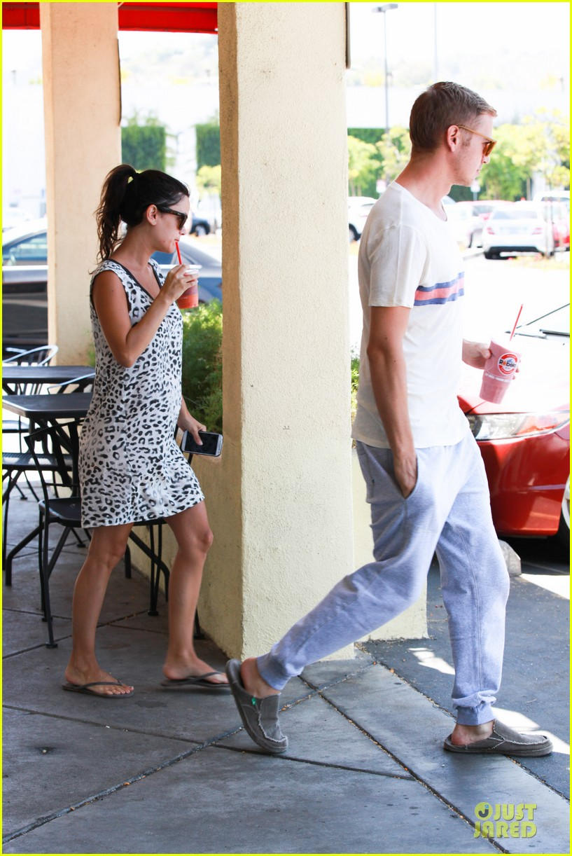 rachel bilson hayden christensen stay healthy with smoothies 123144910