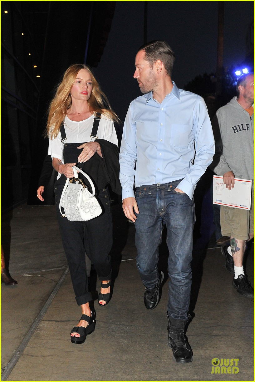 kate bosworth michael polish celebrate kings win at boa steakhouse 11