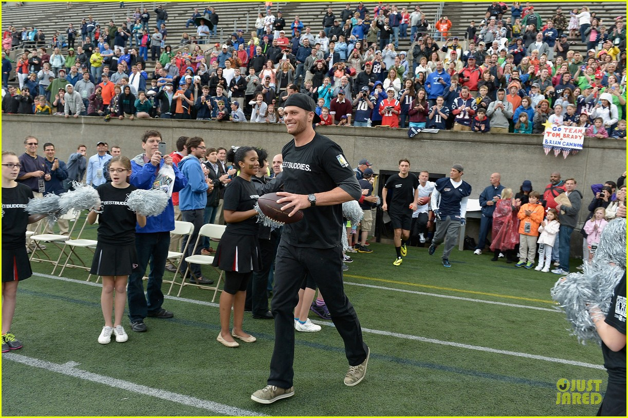 tom brady so proud to support best buddies 05