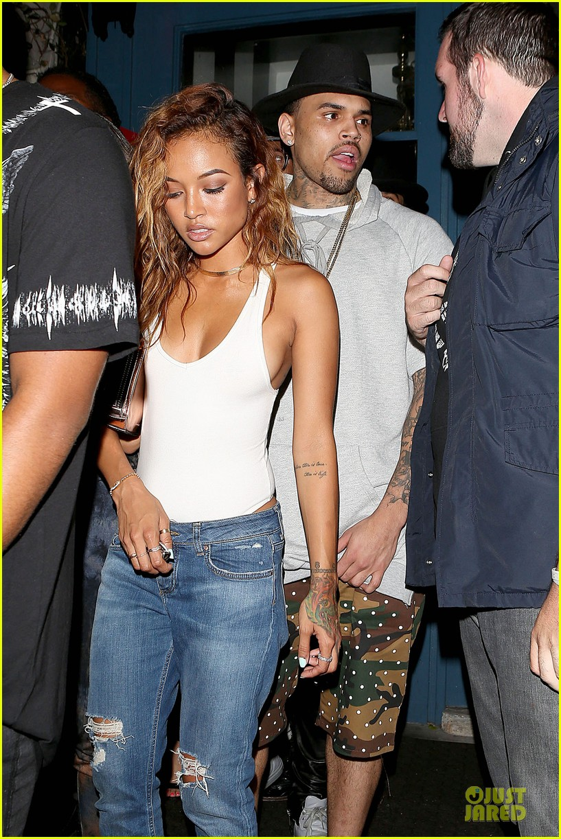 chris brown karrueche tran dance at hooray henrys 06
