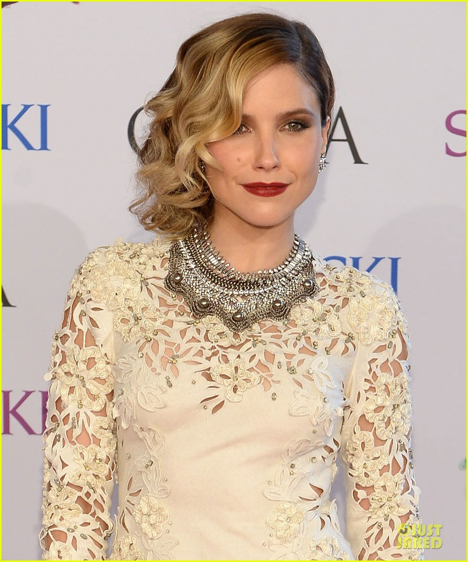 sophia bush james marsden fashion cfda awars 2014 09