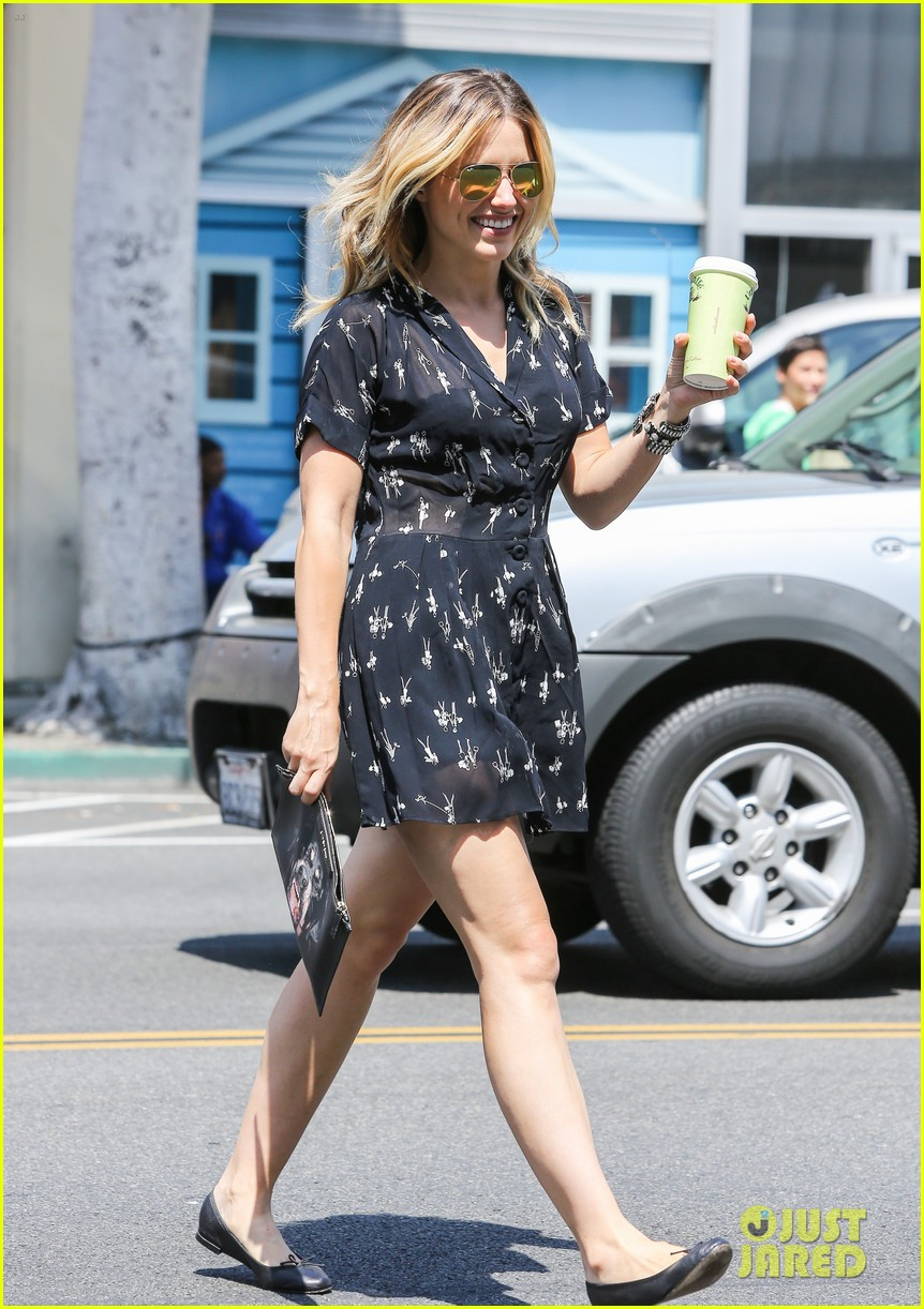 sophia bush two events lunch day after 153133452