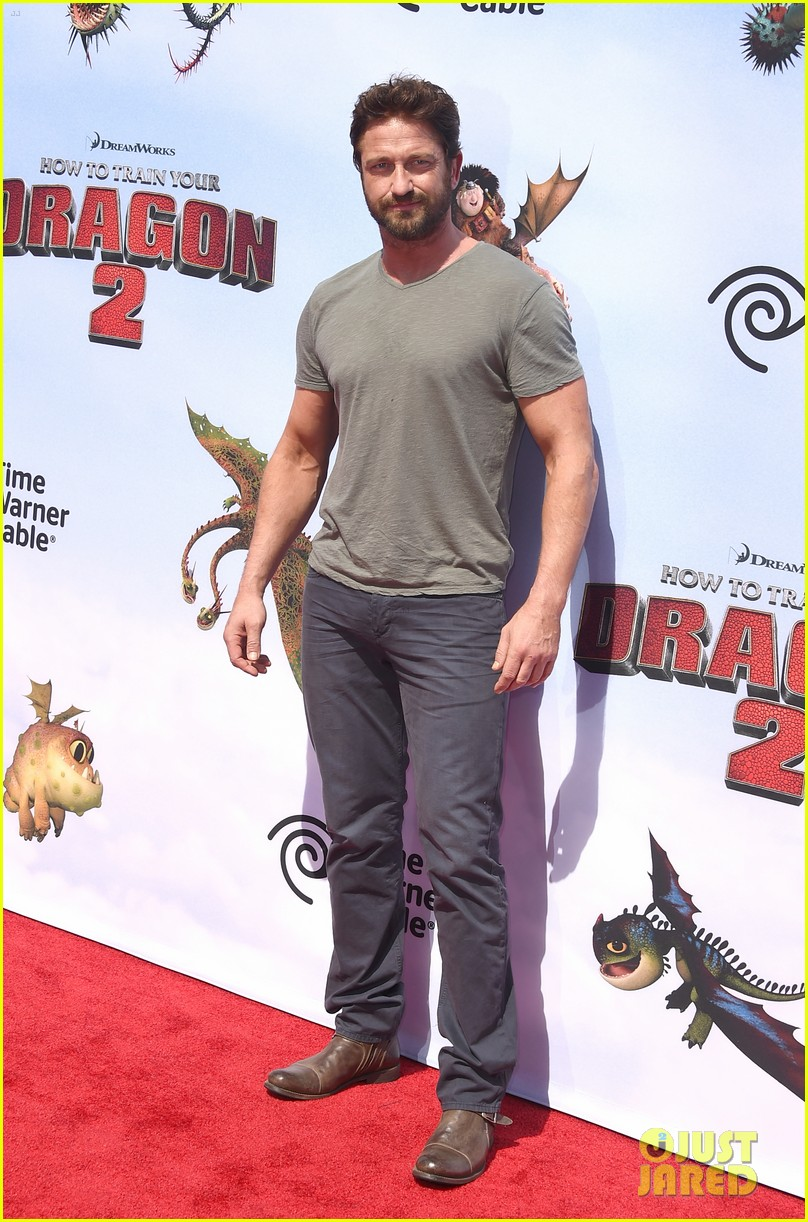 gerard butler kit harington how to train your dragon 2 premiere 01