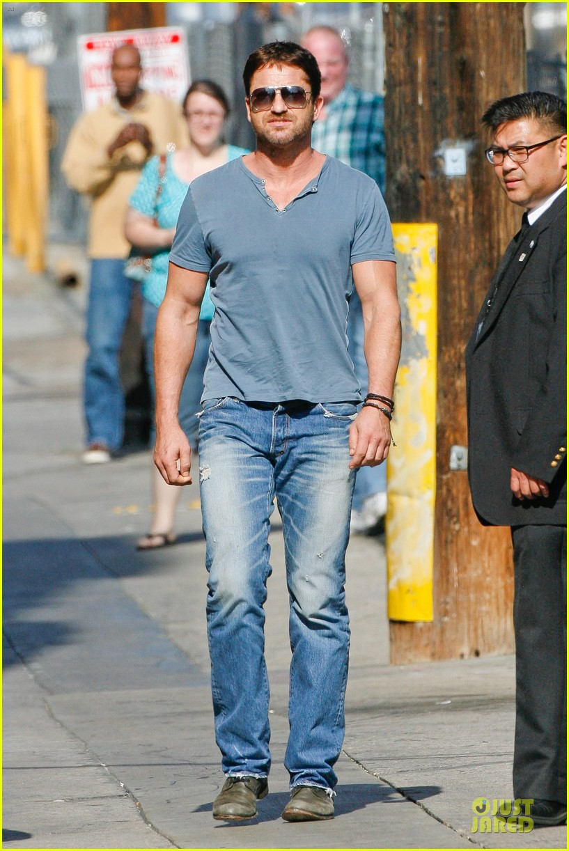 gerard butler will teach jimmy kimmel how to train dragon 033132687