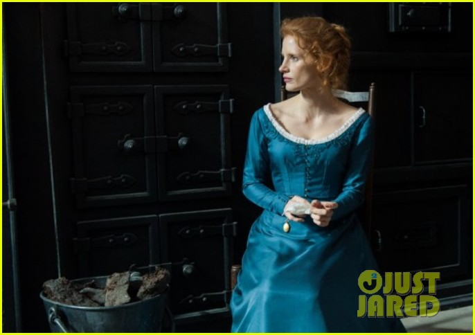 jessica chastain colin farrel share passionate kiss for miss julie 083129869