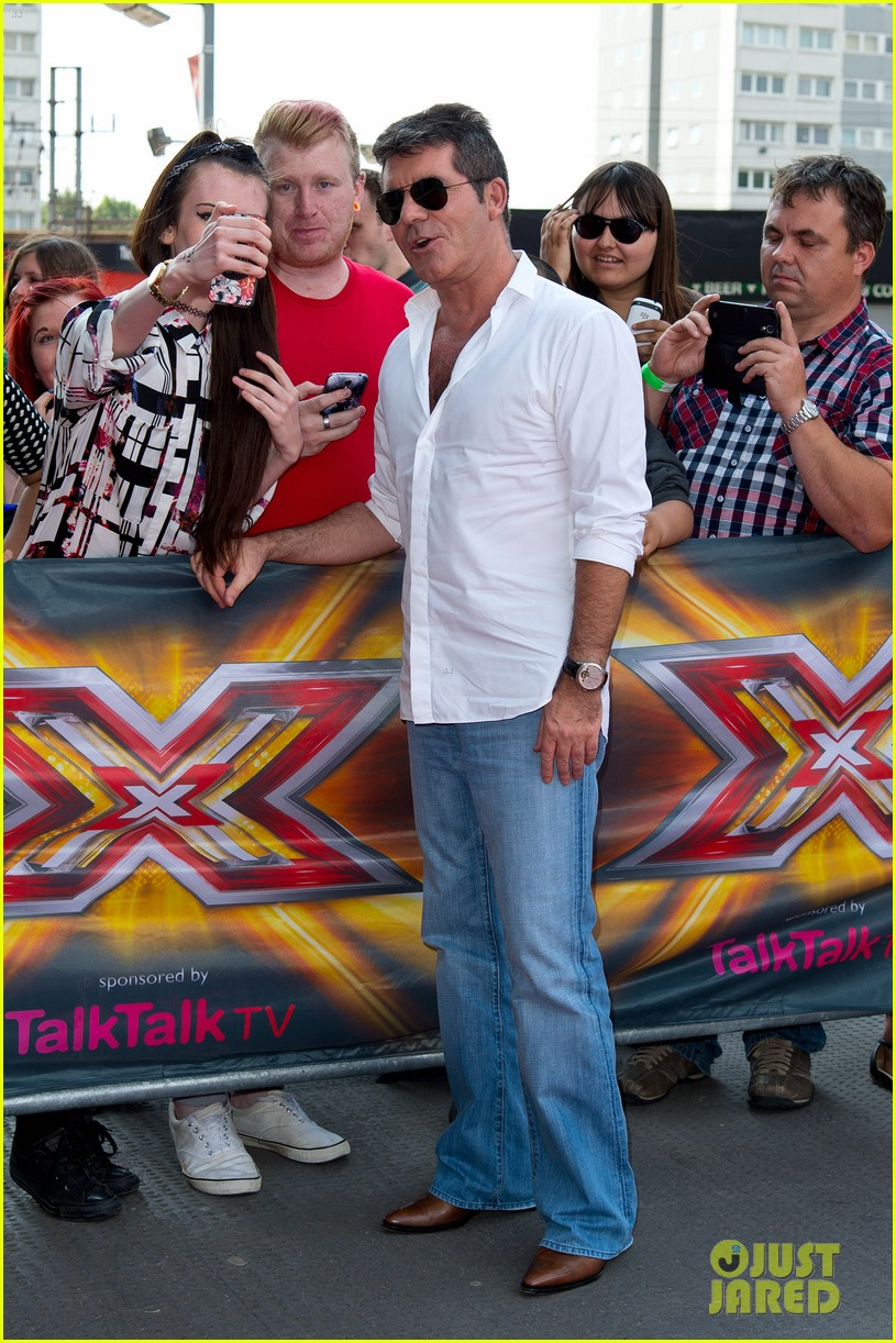 x factor uk judges hit the red carpet 033142558
