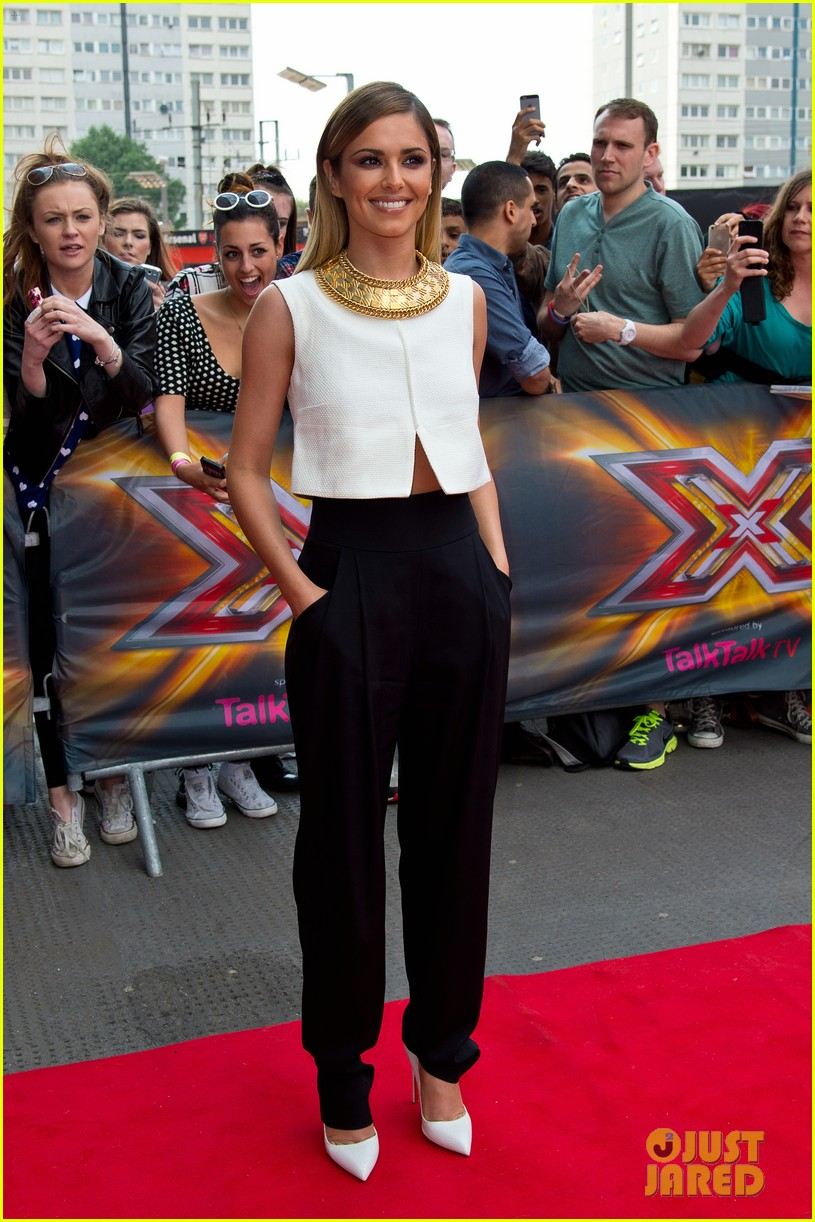 x factor uk judges hit the red carpet 093142564