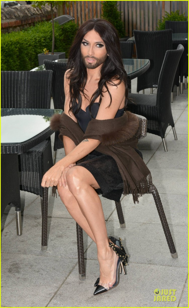 conchita wurst human right to love whoever you want 06