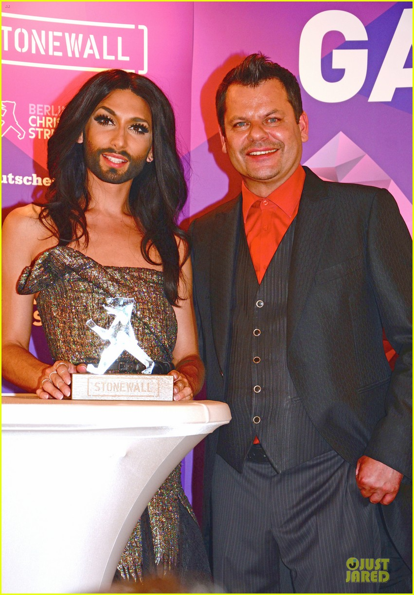 conchita wurst christopher street day gala 23