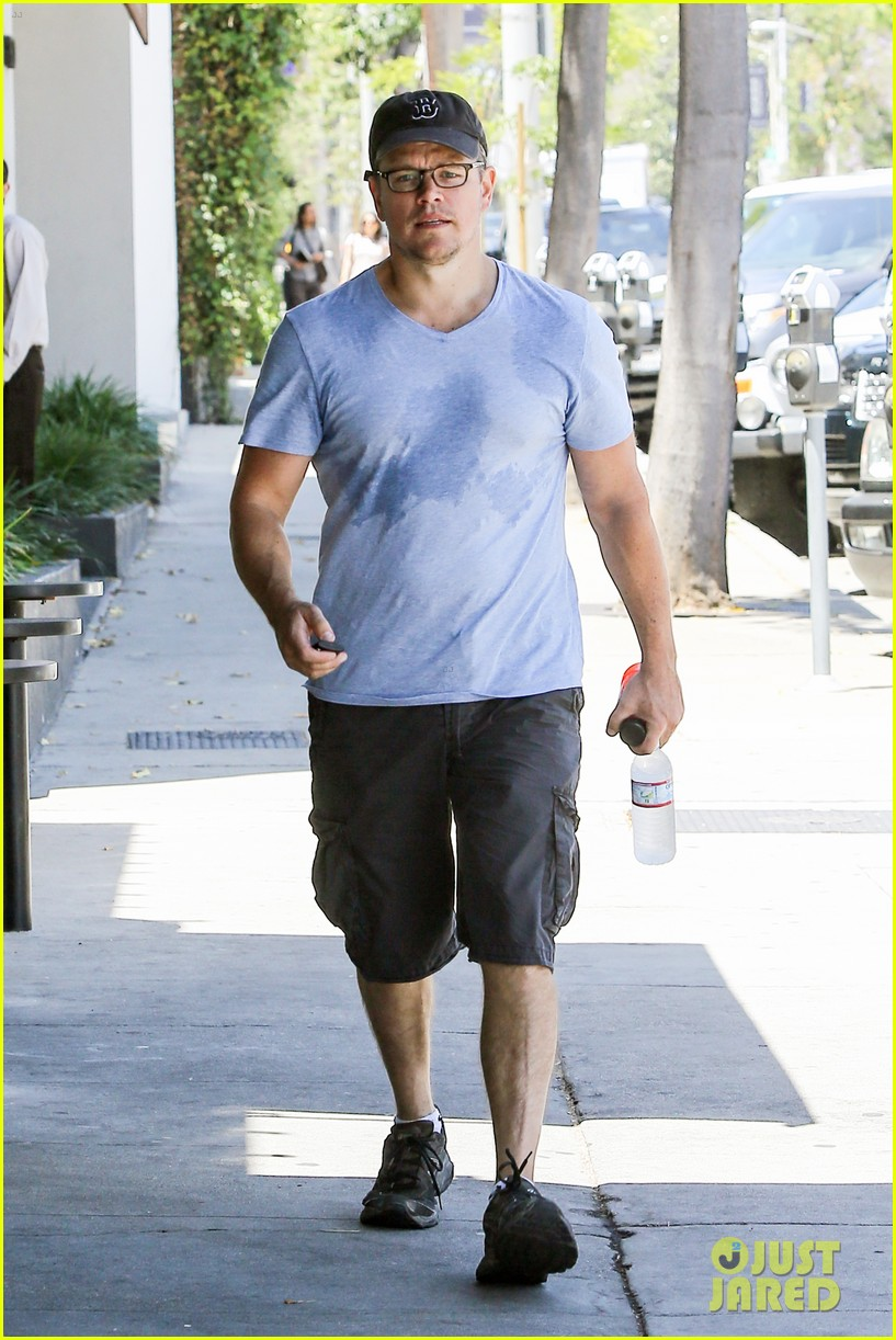 matt damons cousin is training ben affleck for batman 09