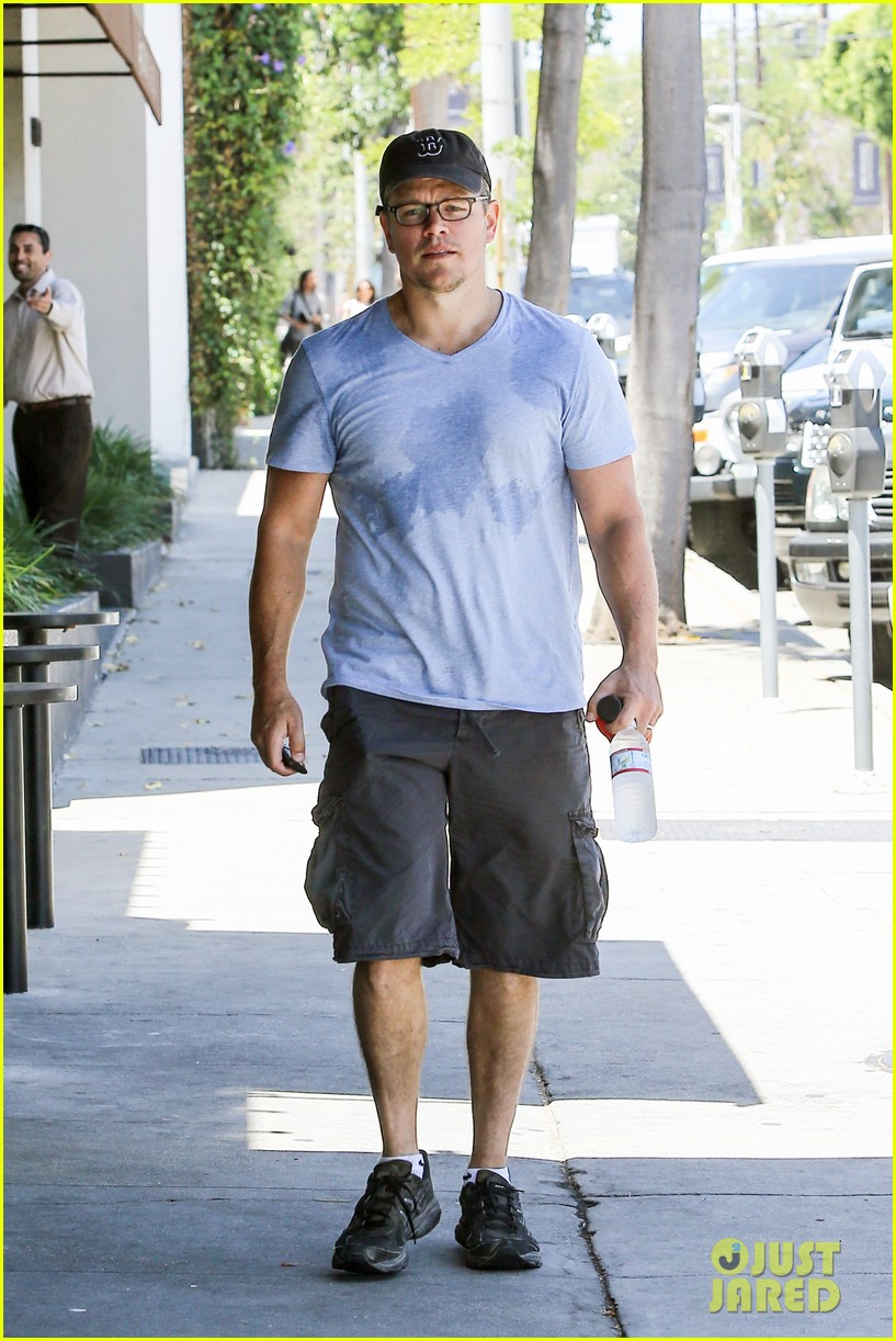 matt damons cousin is training ben affleck for batman 11